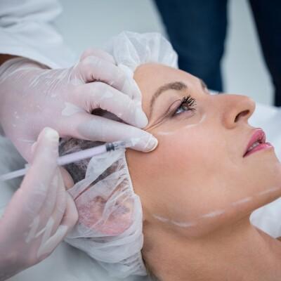 خمس مميزات لن تخطر على بالك في إجراء عمليات التجميل في تركيا